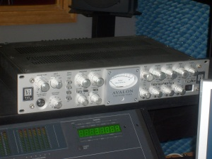 The studio's Avalon VT 737SP