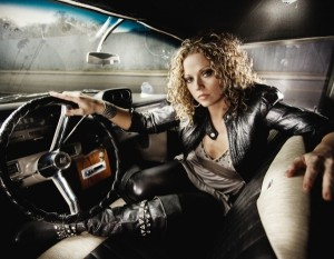 Kassie will sing on your country, blues or soul tune!