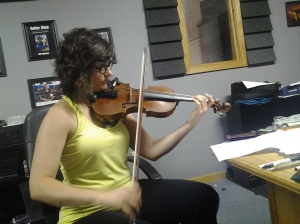 Blake Shelton's Fiddle Player Jenee Fleenor @ Nashville Trax Fiddle Trax Online