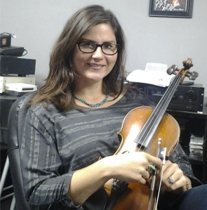 Jenee Fleenor, fiddle player for Blake Shelton, @ Nashville Trax