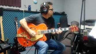 "Brent Mason, Gretch Guitar on ""tar"